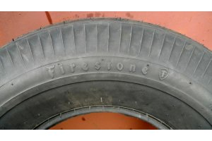 Firestone Black 6.7 - 15 tire